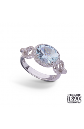 18 KT white gold ring with diamonds and aquamarine